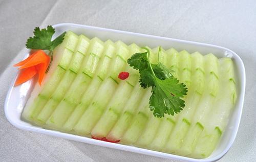 冬瓜不能和什么一起吃 哪些人不宜吃冬瓜